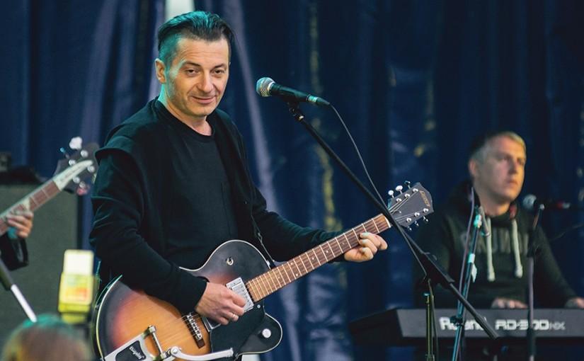 Рок-музыкант Вадим Самойлов о миссии искусства, рок-музыке и воспитании детей