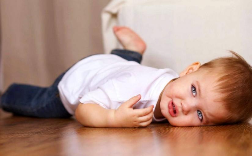 Беспокойный двухлетка: в чем причина капризов?